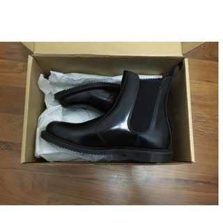 Dr. Martens Chelsea Leather Boots Womens EU 39/UK 6/US 8 New