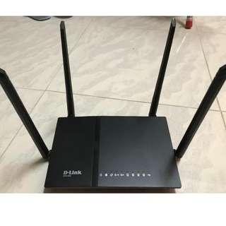 D-Link DIR-825(G) (AC1200雙頻Gigabit wifi router)
