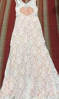SALE!!!Elegant Laced White Gown