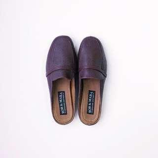 Rob & Mara Venice in Plum Mules • Size 7 (will fit size 6 - 6.5 better) • Brand new