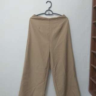 Preloved legged pants #EST50