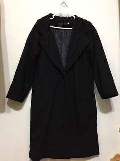 🚚 韓版鋪棉黑色大衣外套
