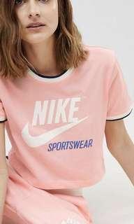Nike 短tee