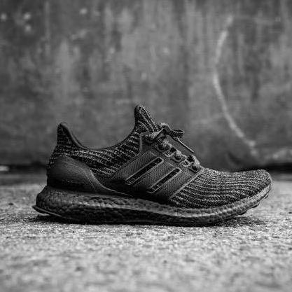 detailed look 93ba8 72695 Adidas Ultra Boost Triple Black 4.0, Men's Fashion, Footwear ...
