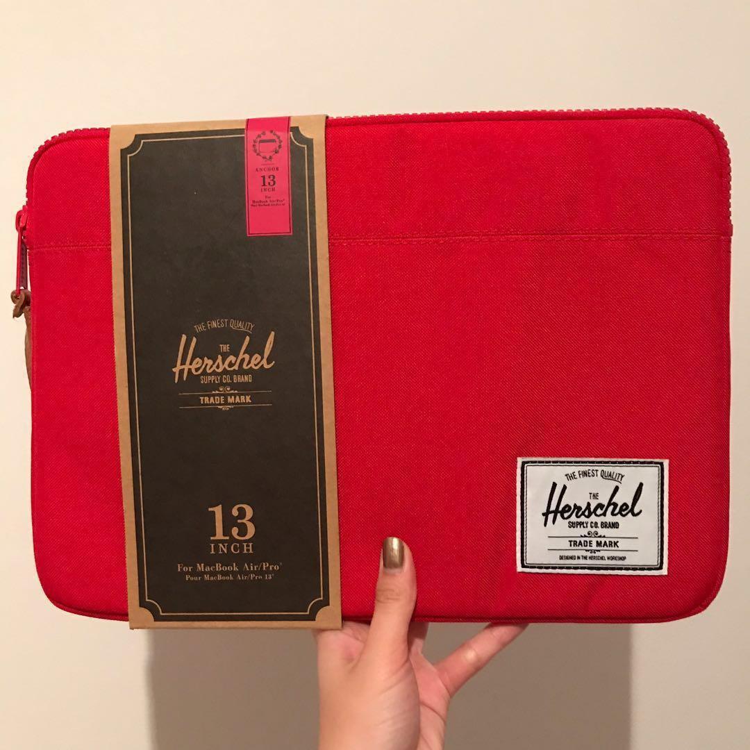 [BRAND NEW] Herschel 13' Macbook Air/Pro Case
