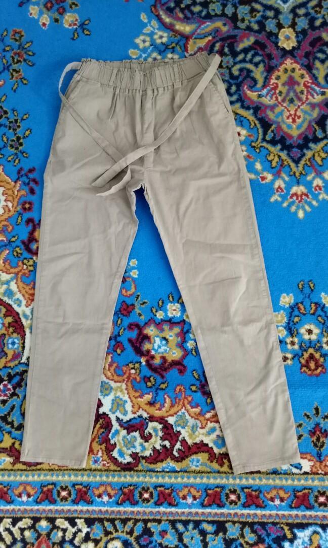 Re price Celana Bahan