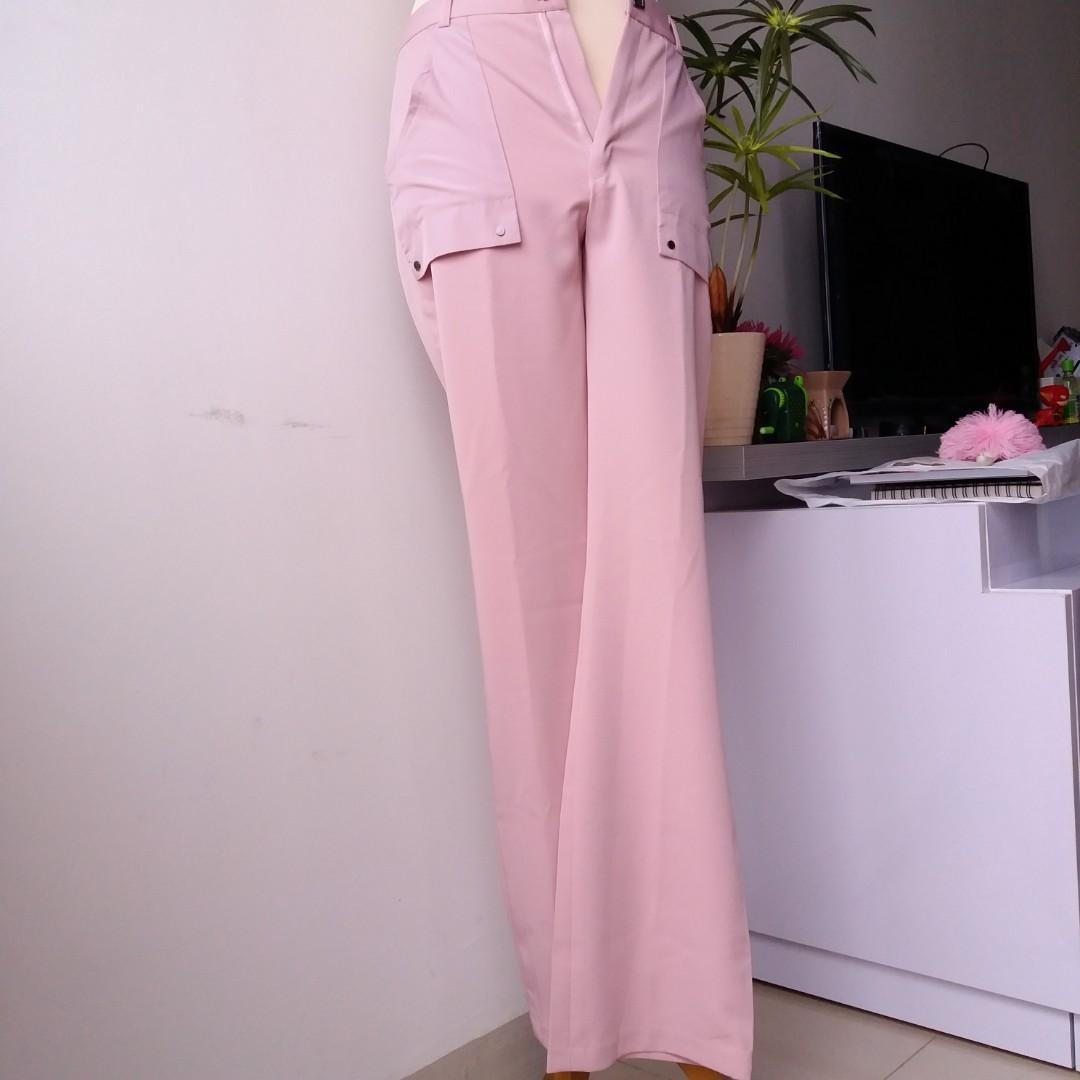 Celana Panjang Pale Pink Pipa Lurus
