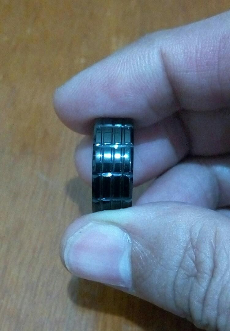 Cincin Black Titanium model Garis