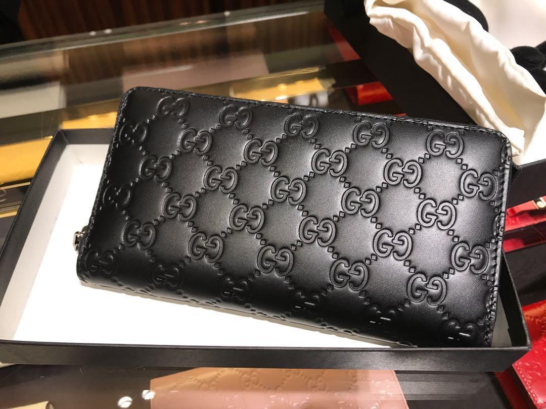 Gucci Signature Zip Wallet Unisex Sales