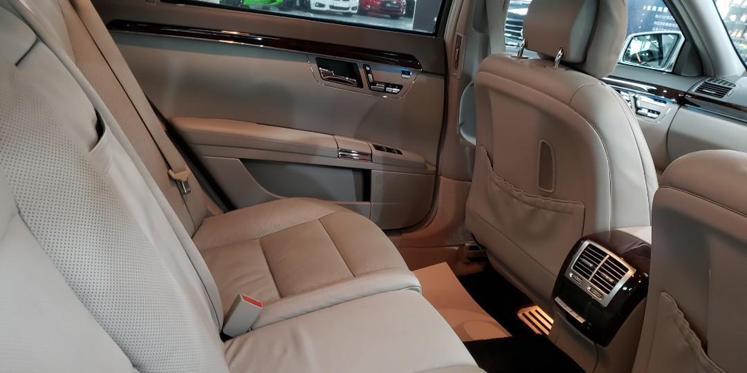 2011 MERCEDES-BENZ S500