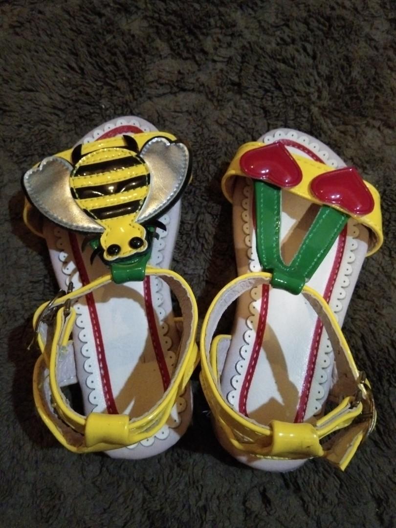 Sepatu Sandal Lucu Size : 26