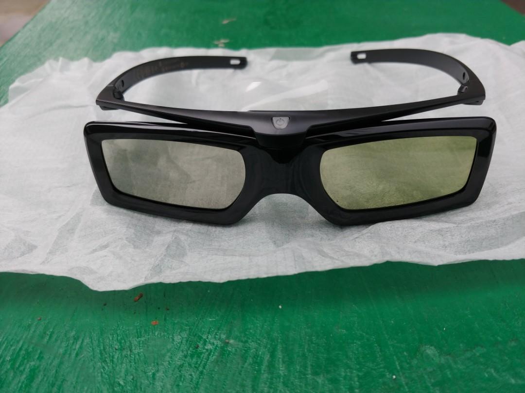 sony 3D 眼镜 全新, 100/pc 共4 pcs