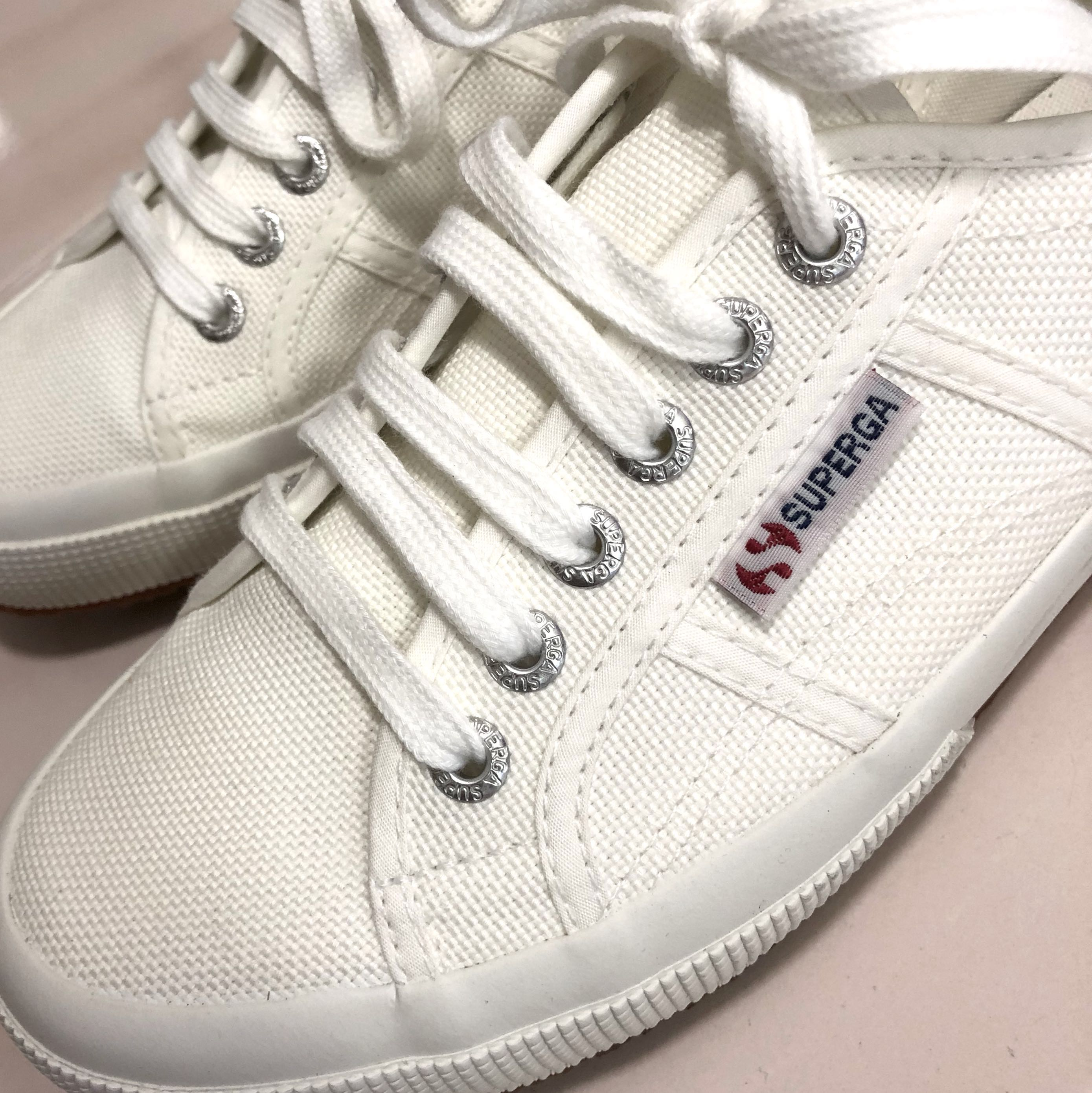 3b4d4e501 Superga Cotu Classic 2750 Sneakers White, Women's Fashion, Shoes, Sneakers  on Carousell
