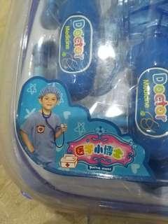 🚚 全新醫生玩具