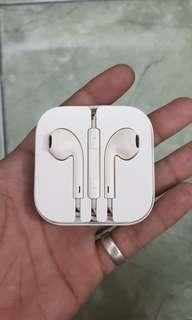 Earphone, headset, original iphone 5s.