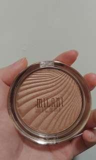 Milani dayglow highlight
