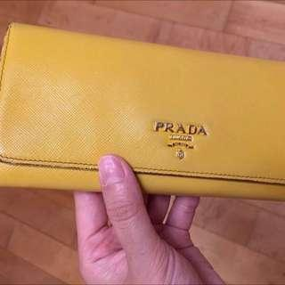 Prada Wallet (with original receipt and card)