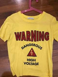 🚚 Zara Yellow Warning Graphic tshirt