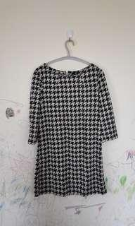 Mididress Houndstooth Zara