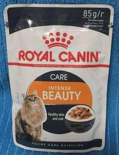 Royal Canin @ Intense Beauty in Gravy 85g