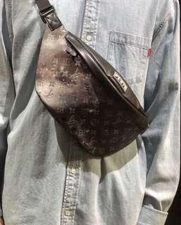 🚚 LV Louis Vuitton Galaxy Bumbag