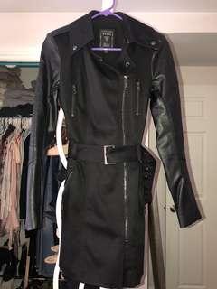 Guess Jacket (XS)