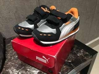 101% Ori Puma kids shoes