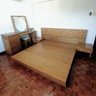 🚚 Dressing table, Mirror, King bed SET