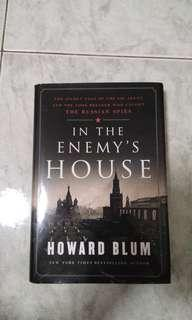 🚚 In the enemy's house by Howard Blum