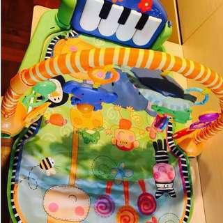 Fisher Price piano gym mat 可愛動物小鋼琴健身器嬰兒健身架