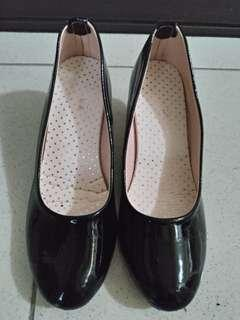 黑色 跟鞋 23.5
