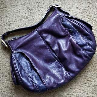 TUMI Women's Leather Handbag in Burgundy