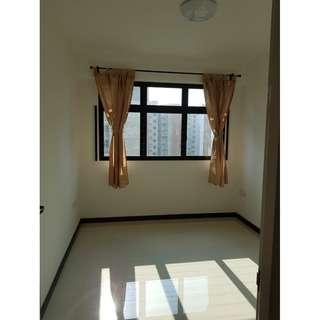No Agent Fee Common Room @ Blk 996C Buangkok Crescent A/C WiFi.