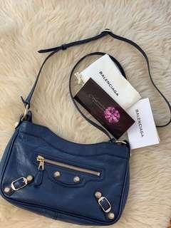 🚚 Brand New Balenciaga Hip ( Authentic