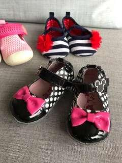 BB 嬰兒 B女鞋 皮鞋仔 學步鞋 有米奇造型釦 Baby Shoes with Mickey button 新舊如圖 As shown condition
