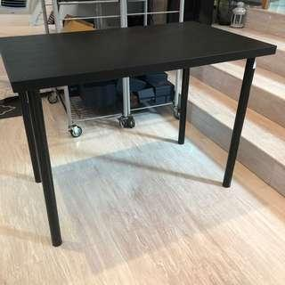 🚚 2 Ikea work tables