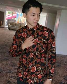 Kemeja atau Batik