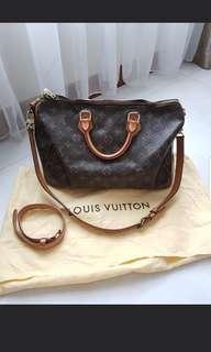 🚚 Louis Vuitton bandouliere 35