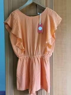 Orange jumpsuit (VAMA)