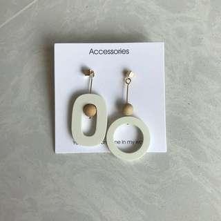 🚚 korean ulzzang geometric wood circle hook earrings