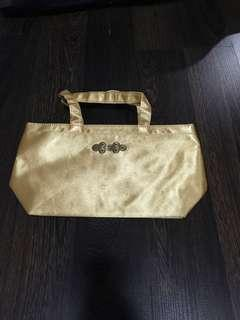 🚚 Small gold bag 💼