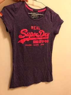 🚚 二手真品 Superdry 螢光粉紅紫T恤 XS 號 購自英國