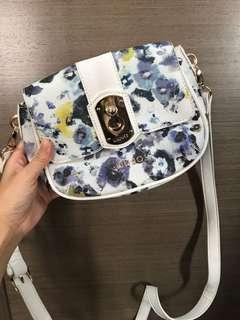 全新 LIU JO crossbody handbag