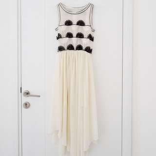 Midi Long Dress Pantai - Putih Gading