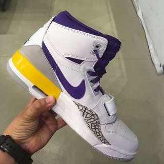 timeless design 22385 87e59 Nike Jordan Legacy 312 White
