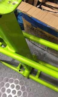 Green Fiido Frame