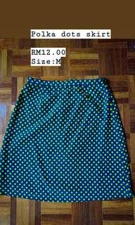 Polks dots skirt