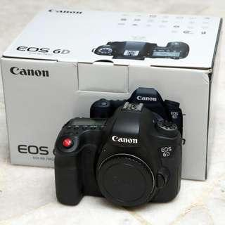 Canon 6D with box \\ DSLR body in SUPERB condition. SC: 28K