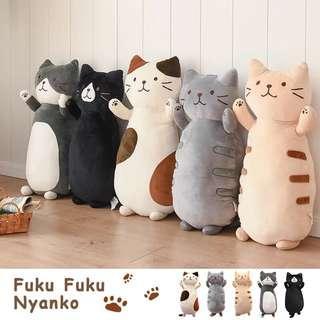🚚 日本貓咪,柔軟抱枕,日式卡通,毛絨可愛,臥室沙發,靠墊,送女生。節日禮物。