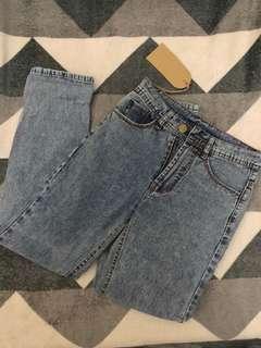 Snow Boyfriend Jeans